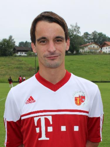 Michael Nikolic