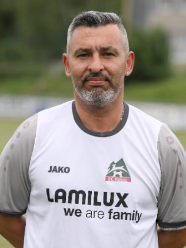 Sadik Ahmet