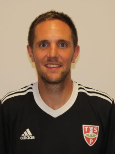 Dennis Jaura