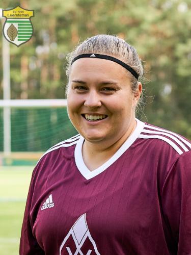 Nina Roß