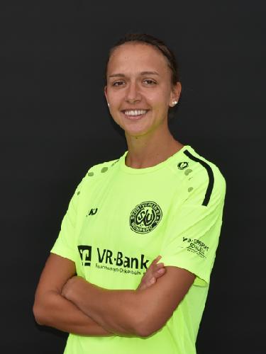 Nina Kuhr