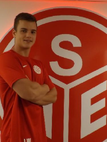 Luca Wauschek